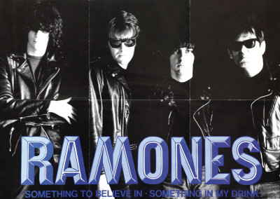 1986 Ramones Something blu